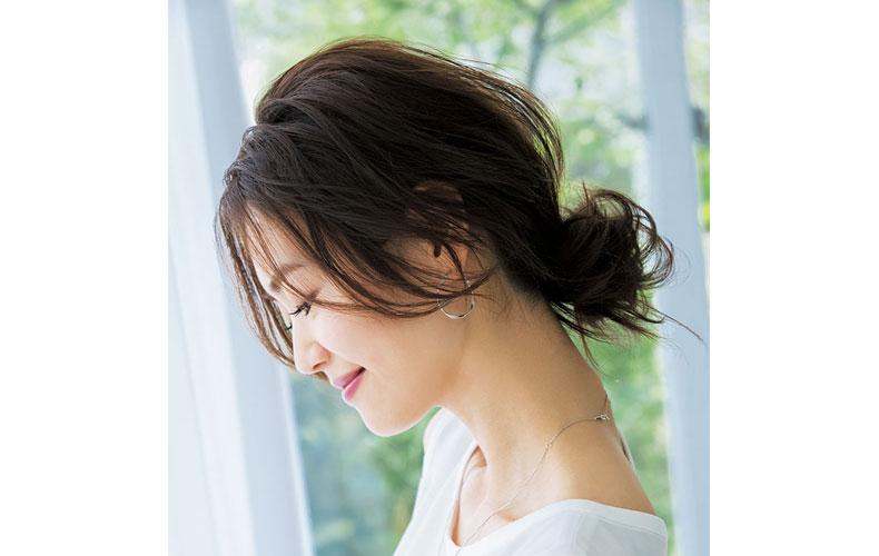 【4】セレブ感漂うフワくしゅシニヨン