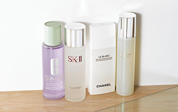 【1】クリニークのふき取り化粧水
