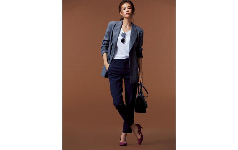 【1】紺パンツ×チェックジャケット
