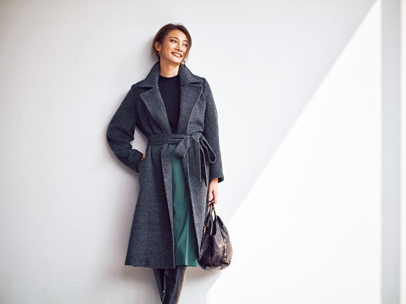 【1】緑フレアスカートのきちんと感コーデ