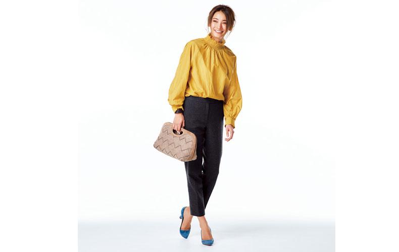 【4】黄色ブラウス×黒ズボン