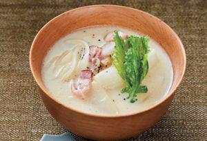 優しい味わいがたまらない「ベーコンとかぶの白味噌ポタージュ」【料理家直伝!味噌汁レシピ 3】