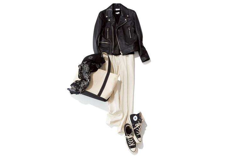 【2】スニーカー×黒ジャケット×白パンツ