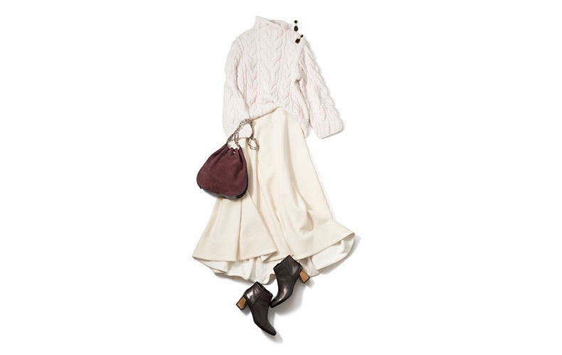 【1】ニット×ロングスカートの白コーデ