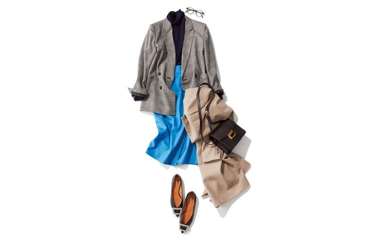 【8】チェック柄ジャケット×青スカート×黒タートルネック