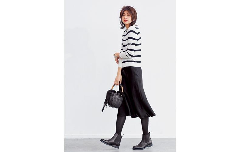 【3】ボーダーニット×黒フレアスカート