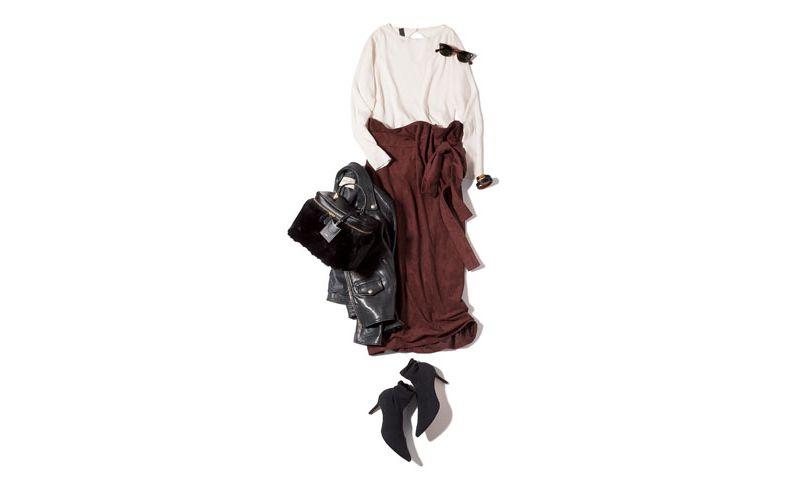 【2】白ブラウス×KBF+のブラウンスカート