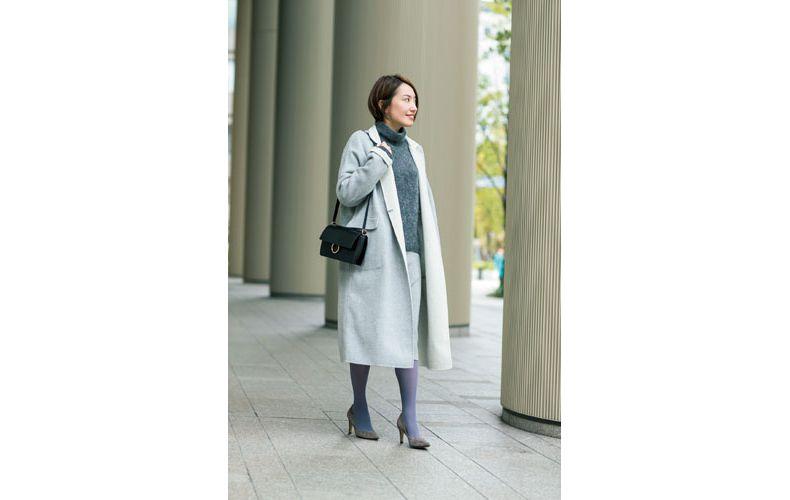 【5】グレーのタートルニット×グレースカート