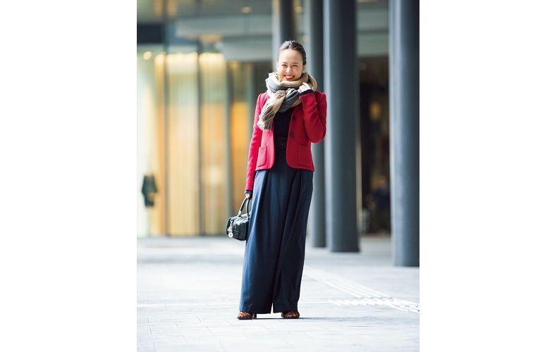 【5】赤ジャケット×ネイビーワイドパンツ×レオパード柄ブーツ