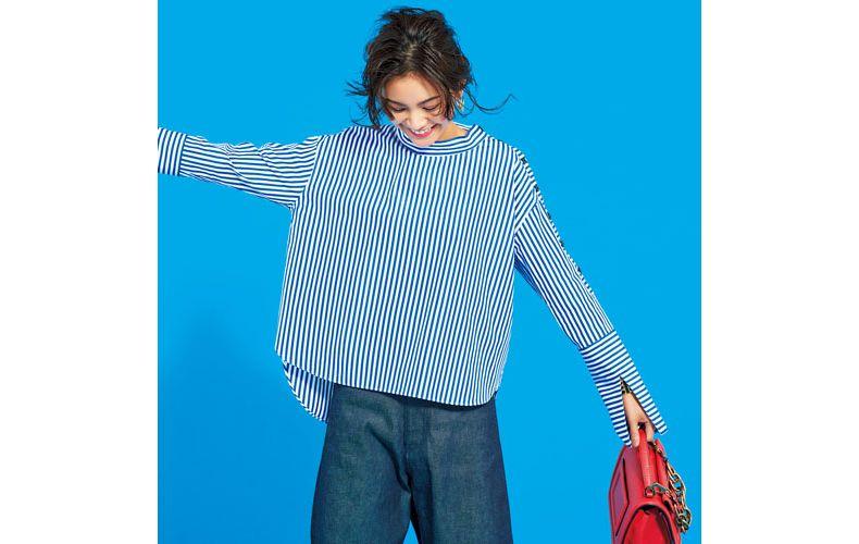 【1】デニムパンツ×ブルーのストライプシャツ