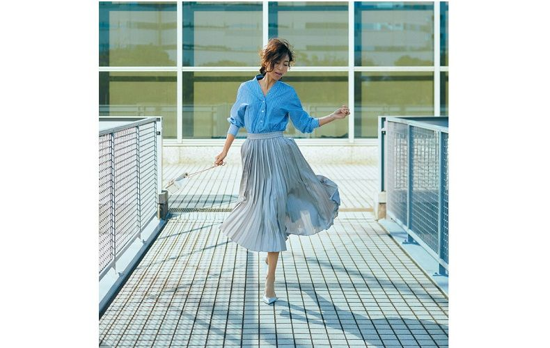 【7】水色プリーツスカート×青ストライプシャツ