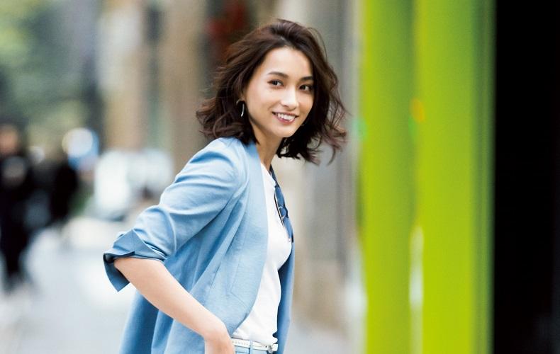 2c25d2d130514c 春に役立つジャケットの最新着こなし術をご紹介。春におすすめのジャケットの着こなしや、ビジネス・カジュアルコーデを大特集!ジャケットに合うインナーやシャツ、  ...