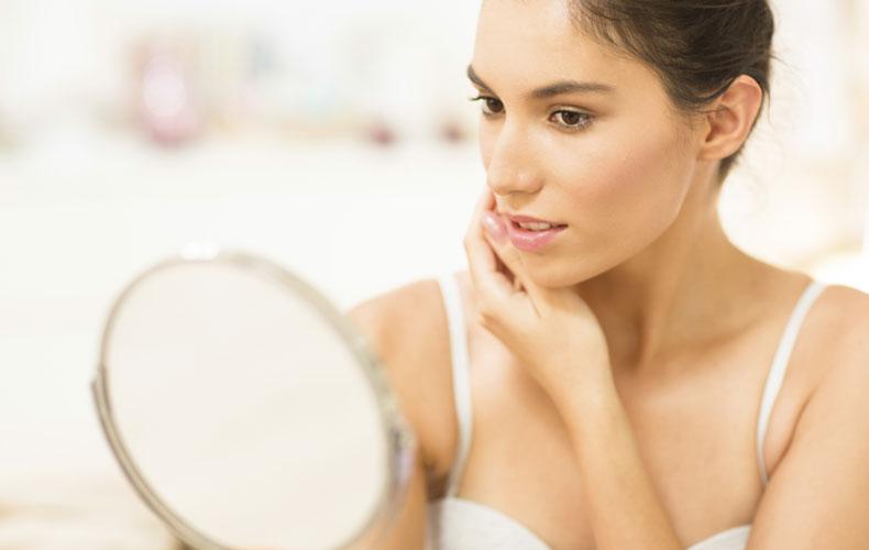 生活習慣も見直せば皮脂の分泌量は抑えられる