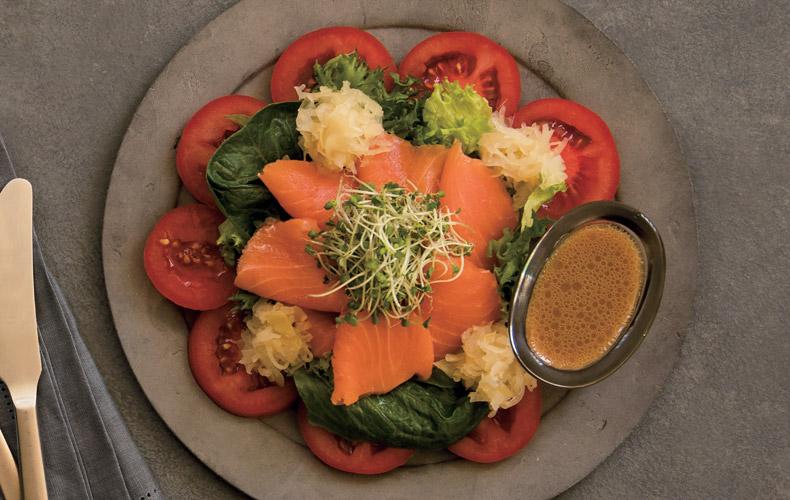1皿まるごと抗加齢食材のサーモンのカルパッチョ