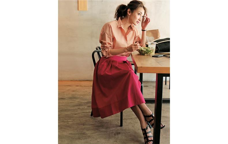 【6】濃いピンクフレアスカート×淡いピンクシャツ