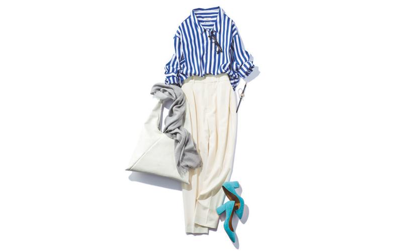 【4】ストライプシャツ×白ワイドパンツ×水色パンプス