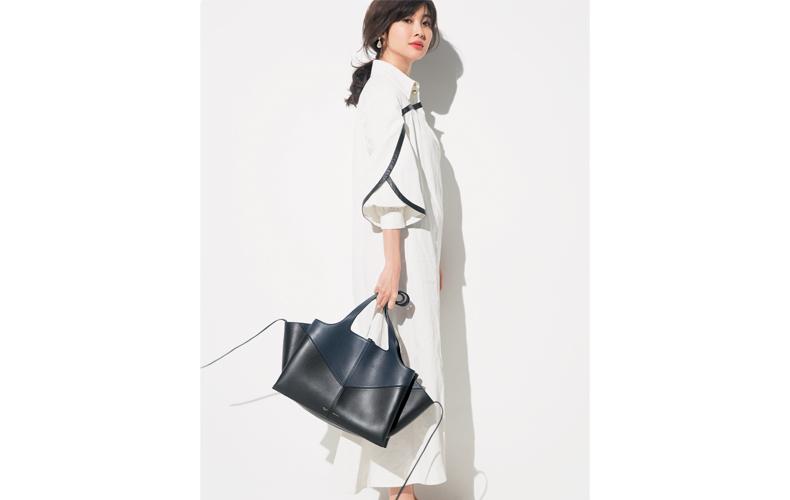 【3】黒バッグ×白ワンピース