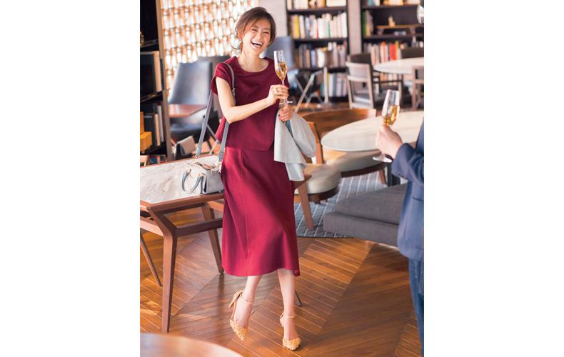【3】赤スカート×赤トップスのセットアップ