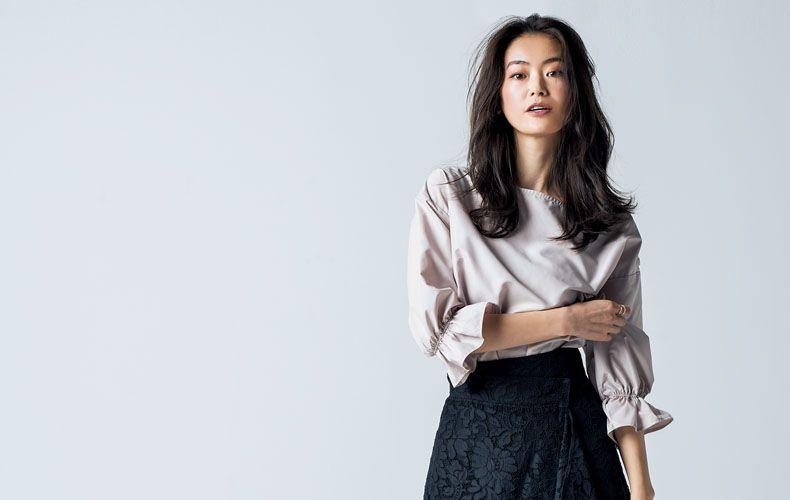 春夏におすすめの黒スカートの着こなしを大特集!春夏おすすめコーデや、流行のフレアスカート、ロングスカートの着こなしを大特集!黒スカートに合うスニーカーコーデ