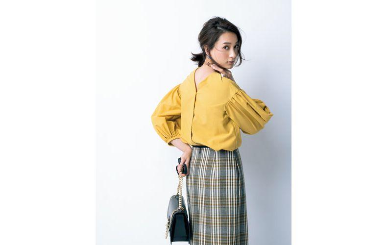 【1】チェック柄スカート×イエローシャツ
