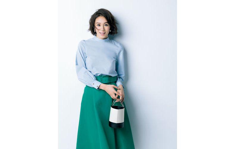 【2】緑フレアスカート×水色ブラウス