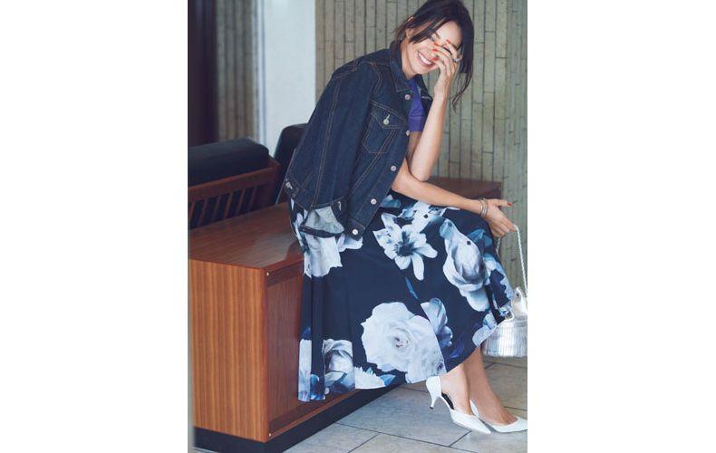 【1】紫ニット×ネイビーの花柄スカート×Gジャン