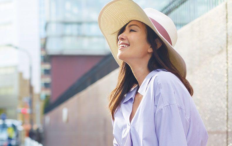 30代・40代レディース向け4月の服装を大特集!2018年春夏流行色(パープル・ブルー・グリーン・イエロー・ピンク)や、柄(ドット・花柄・ストライプ・チェック)を