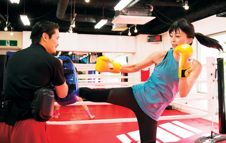 しなやかな筋肉がつく「キックボクシング」
