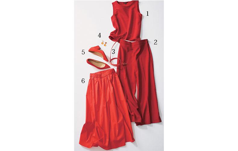 【3】ノースリーブカットソー×ZARAの赤ワイドパンツ