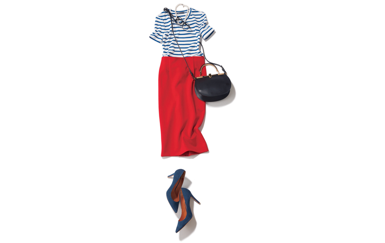 【5】ボーダーTシャツ×赤タイトロングスカート