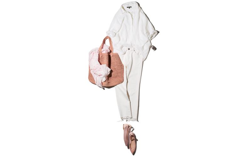 【8】白シャツ×フラット靴×白ジーンズ