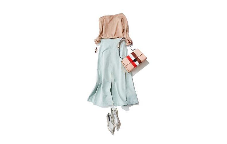 【4】ベージュカットソー×ロングスカート×ロンシャンのバッグ