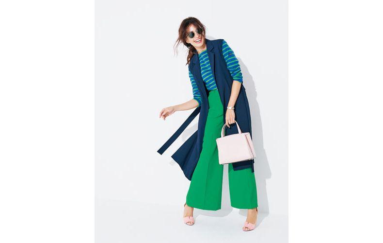 【3】ボーダーカットソー×緑ワイドパンツ×ピンクトートバッグ