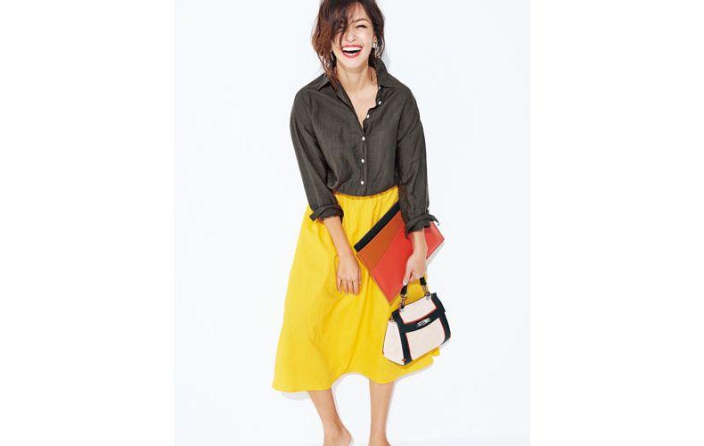 【3】ブラウンシャツ×黄色スカート