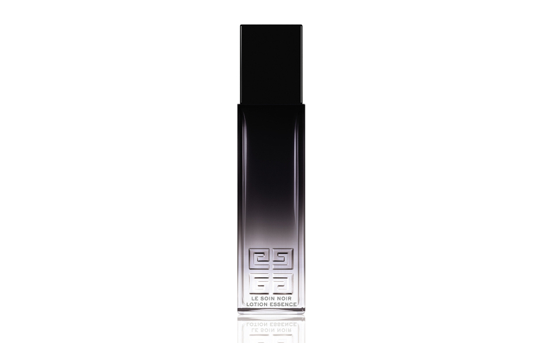 【5】ハリのある肌に導く化粧水