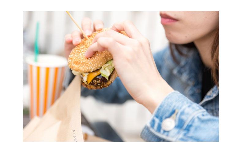 【2】食べ過ぎ防止に役立つ食事の選び方