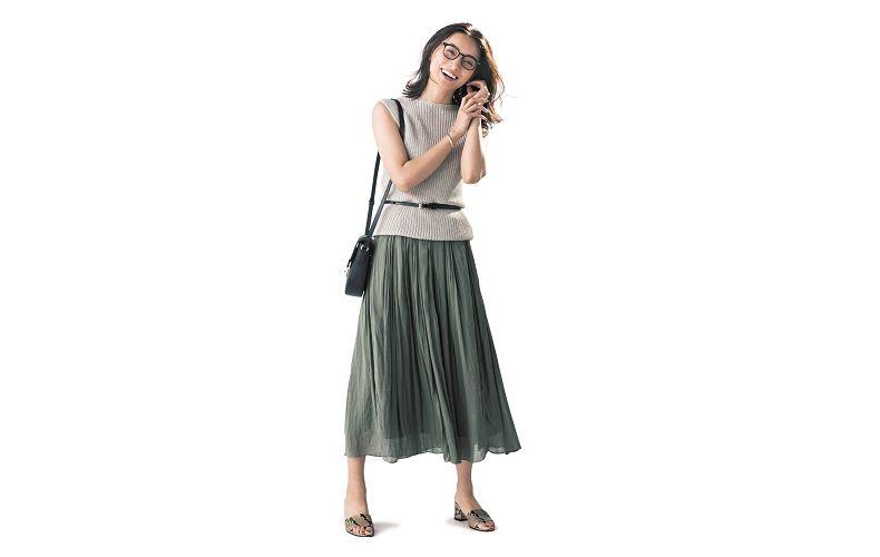 【6】ベージュニット×カーキロングプリーツスカート