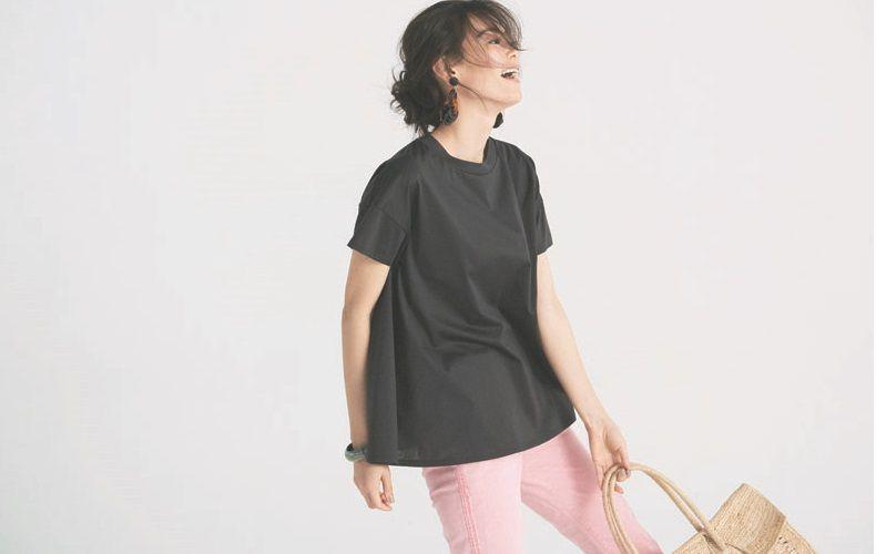 【12】チャコールグレーTシャツ×ピンクパンツ