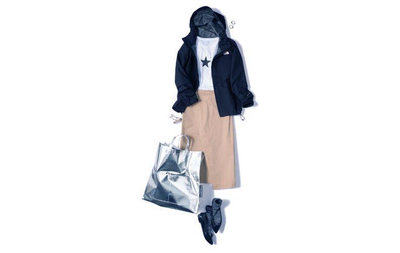 【8】白カットソー×黒ジャケット×ベージュタイトスカート