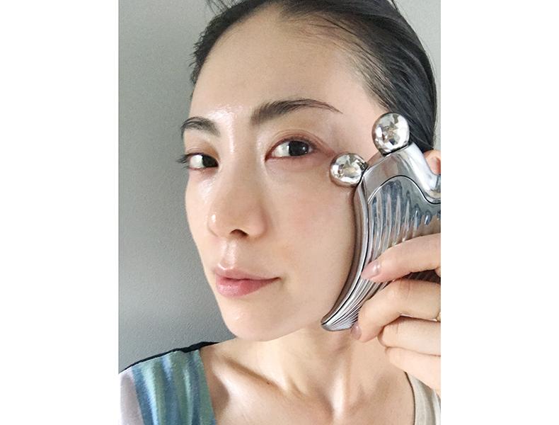 顔のたるみに効果的な筋膜ケア
