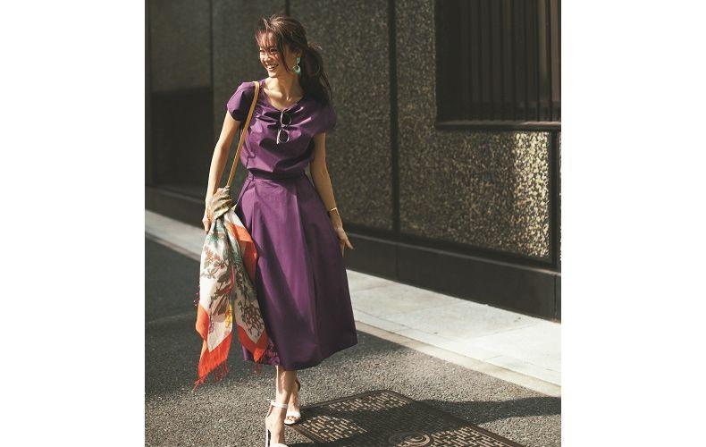 【4】紫ブラウス×紫フレアスカート