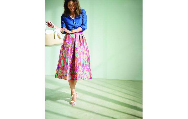 【7】ピンクスカート×紺シャツ