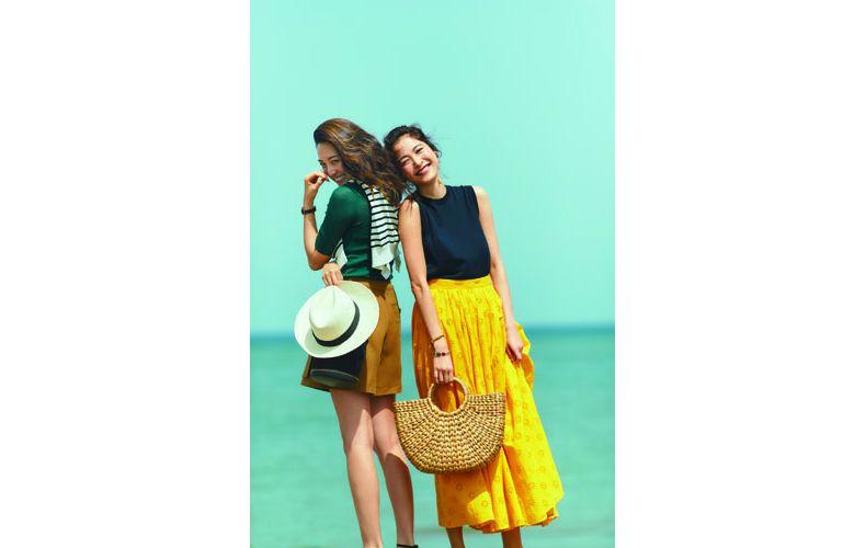 【4】ネイビーニット×黄色フレアマキシスカート