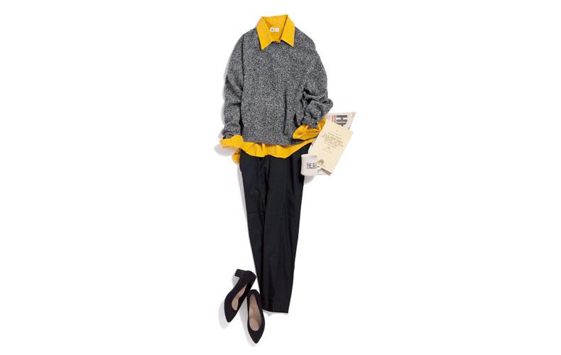 【1】ニット×黄色シャツ×黒パンツ