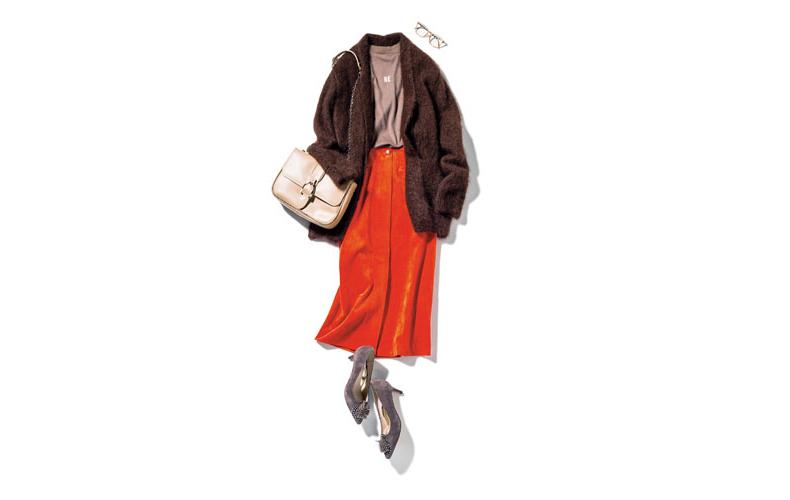 【6】ブラウンカーディガン×ベージュカットソー×オレンジタイトスカート