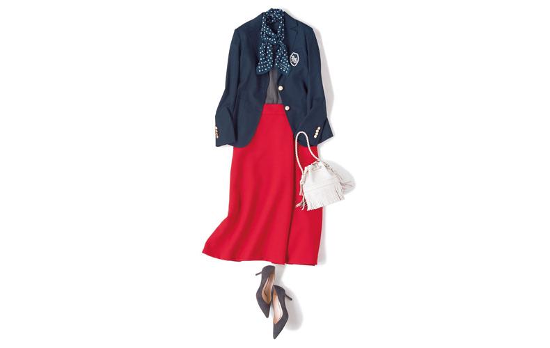 【8】紺ジャケット×グレーニット×赤スカート