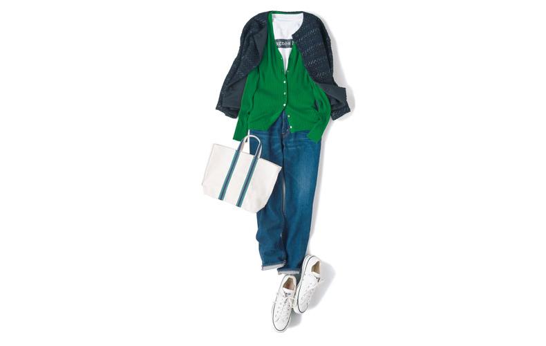 【2】グリーンカーディガン×紺ジャケット×ブルージーンズ