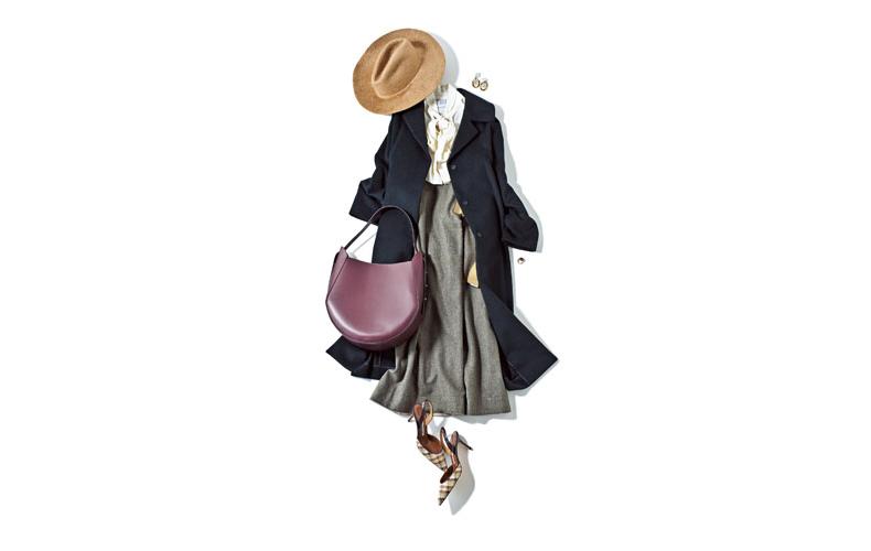【2】黒チェスターコート×白ブラウス×グレースカート