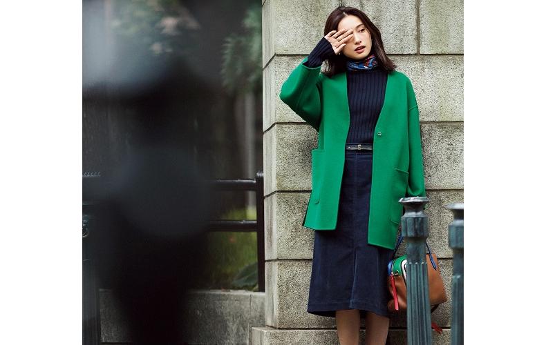 【7】グリーンコート×ネイビースカート×ネイビーニット