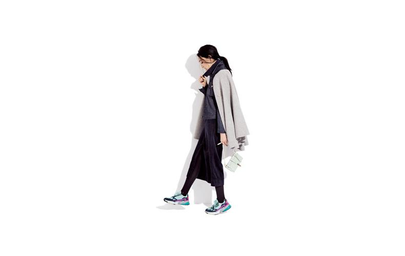 【3】グレーコート×紺ニット×紺スカート